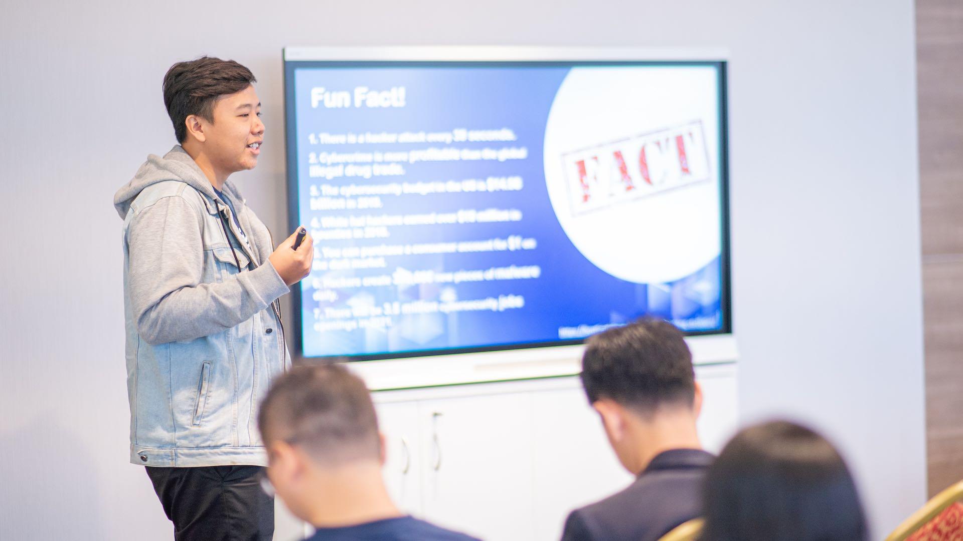 ethical hacking - Digitalk 2 - Anabatic Digital Raya Adakan Seminar Teknologi DigiTalk Bertemakan Keamanan Siber dan Ethical Hacking