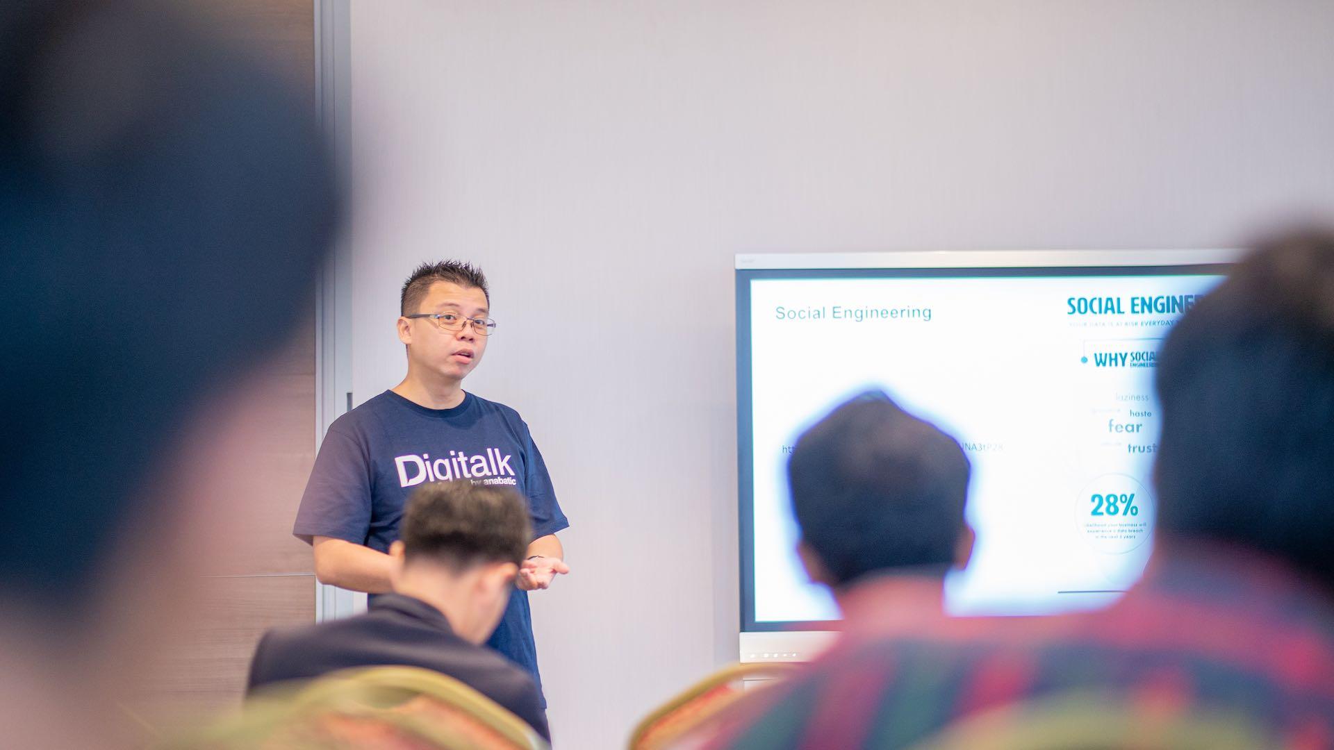 ethical hacking - Digitalk - Anabatic Digital Raya Adakan Seminar Teknologi DigiTalk Bertemakan Keamanan Siber dan Ethical Hacking