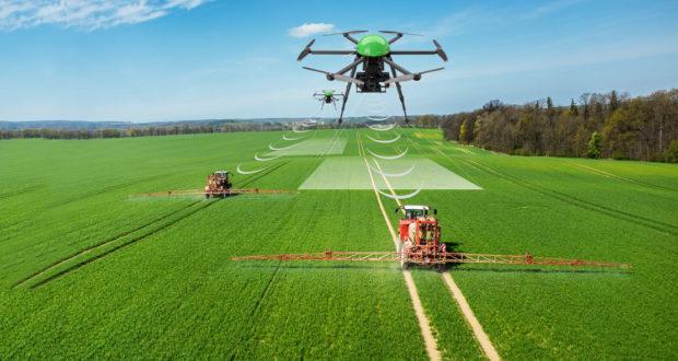 eknologi pertanian presisi pemasaran produk ke tiongkok - drone512 620x330 1 - Tips Marketing dan Pemasaran Produk ke Tiongkok