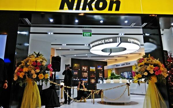 nikon pamit - nikon 600x375 - Nikon Pamit!  Setelah Mengukir Kenangan Selama Ini