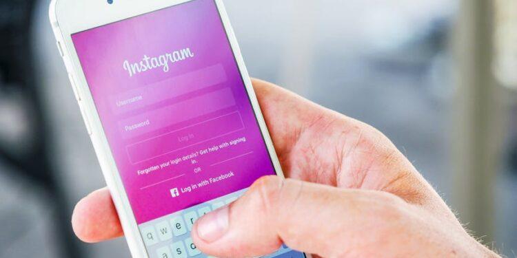 Cara Mengatasi Tidak Bisa Login Instagram Paling Ampuh tidak bisa login instagram - Cara Mengatasi Tidak Bisa Login Instagram Paling Ampuh 750x375 - Tidak Bisa Login Instagram? Begini Cara Mengatasinya