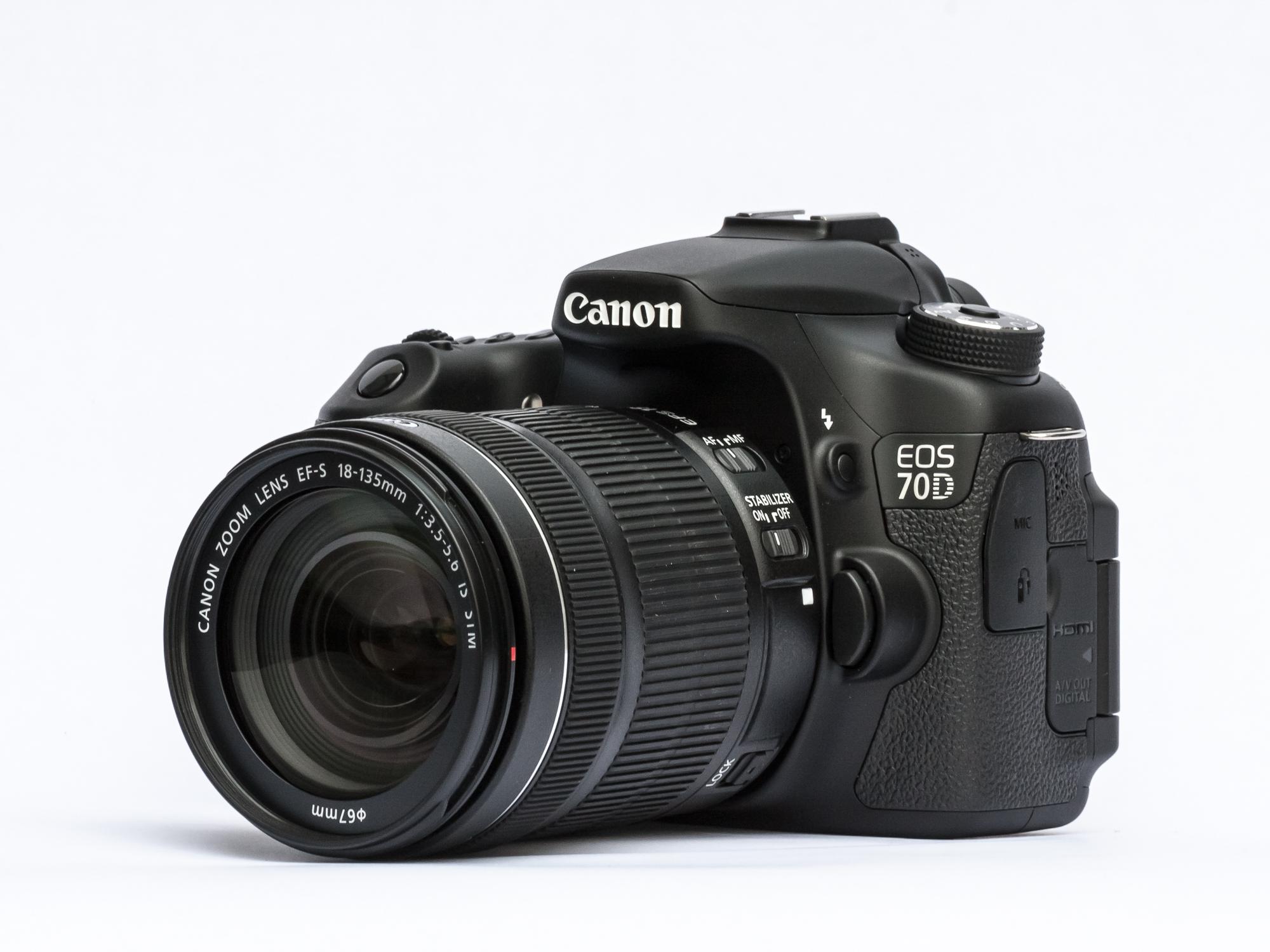 Kamera Vlog untuk Youtuber kamera vlog murah - Canon EOS 70D - 7 Kamera Vlog Murah Terbaik untuk Youtuber Pemula