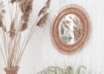 tips dan trik bersaing di dunia ekspor - bali style home interior mirror on the wall island style summer good vibes palms dry grass white wall t20 WggB6w 350x250 - Tips dan Trik Bersaing di Dunia Ekspor