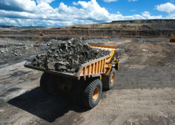 batubara ekspor batubara - big loaded mining truck t20 oEJeRA 350x250 - Negara-negara Asia Ini Jadi Target Ekspor Batubara Terbesar dari Indonesia